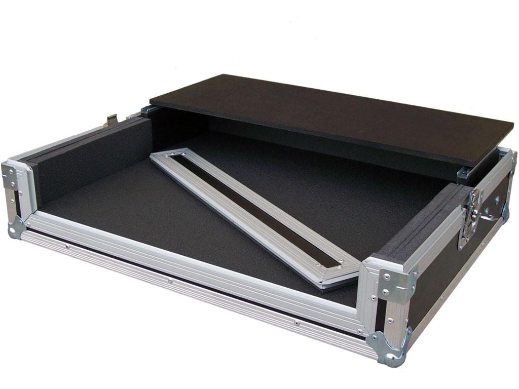 Flight case su misura per controller dj laptop l for Case vittoriane su misura